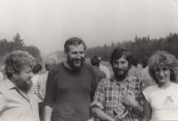 Setkání západočeských zpravodajů ochrany přírody. Stanislav Duchek druhý zprava, rok 1987.