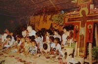 Světluše Košíčková na setkání Taizé v indickém Madrasu v roce 1986, na fotografii je bratr Roger