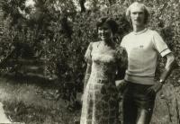 Vladimír Špirk s manželkou v Přelouči, rok 1979