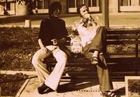 Josef Luxemburg (vpravo) na Mezinárodním festivalu mládeže ve východním Berlíně (1972)
