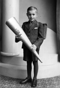 Helmut Hempel - první školní den