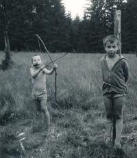 S bratrem 1978-9, na Šumavě