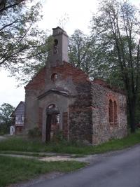 Kaple v Uhelné před opravou