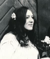 Lenka Kocourová na své svatbě v roce 1971