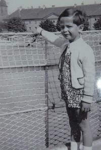 1936, Pavel na lodi na Dunaji