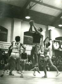 Jiří Zídek (jumping), undated photograph