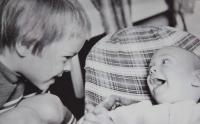 Synové Martin a Jan; 1974
