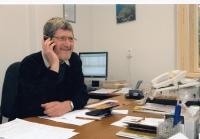 Michal Hron jako daňový poradce ve své kanceláři, Liberec, 2010