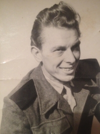 Richard Drábek during his military service at the Auxiliary Technical Batallions, 1953