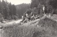 Tábor v Ledči nad Sázavou cca 1967, u řeky Sázavy