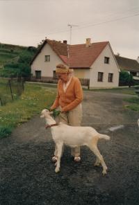 Maminka pamětnice Marie Klasová, 1993