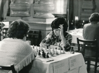 Květa Eretová during a zonal tournament of the Women's World Chess Championship in Karlovy Vary in 1975