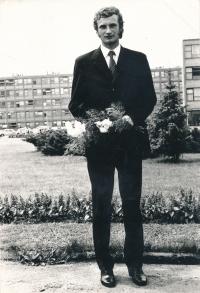 Václav Dašek v den své promoce roku 1973