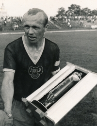 Ján Geleta in the Prague Dukla dress