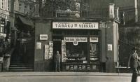 Trafika Vřídelní ulice, 1937. Karlovy Vary