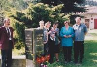 Slavnostní odhalení pamětní desky věnované Františku Blažkovi, 2002