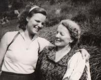 S matkou, 1956