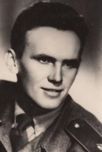 Antonín Pavel Kejdana na vojně, 1953
