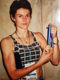 S medailí