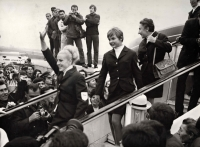 Milena Duchková (on the stairs in the middle, behind Věra Čáslavská greeting the people) returning from the 1968 Summer Olympics in Mexico