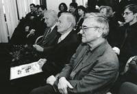 Vyhlášení stavby století - zleva Zdeněk Patrman, Karel Hubáček, Miroslav Masák, duben 2000