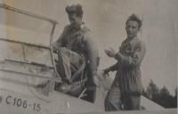 Josef Mevald jako letec