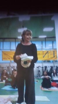 Magda jako cvičitelka jógy, Milán 2018