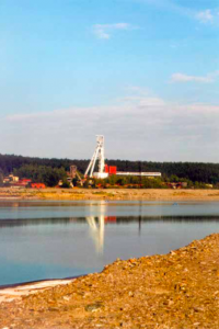 The view of the R II mine over the K I sludge lagoon