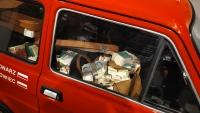 Polski Fiat 126P (Maluch) s 80 milióny vystavený v muzeu Centrum Historii Zajezdnia.