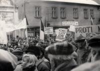 Shromáždění ve Strakonicích během sametové revoluce