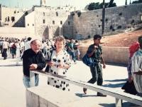 Emília Sasinová a Max Preuss v Jeruzaleme.