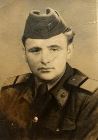 Emil Letko, vojak (1953)