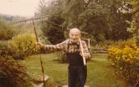 Otec pamětníka v roce 1985
