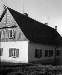 Gamekeeper's lodge in Vícov