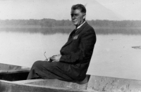 Karel Pexidr´s father; 1952