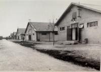 pracovný tábor v Seredi, kde boli internovaní odvlečení Selčania