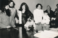 V roce 1979 se čtvrtým dítětem