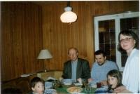 U Kuhnlů v Mnichově, Karla, Daniely a dětí, asi 1990