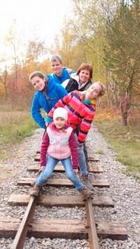 Rodina Lachmanova na výletě na Berounsku, 2016