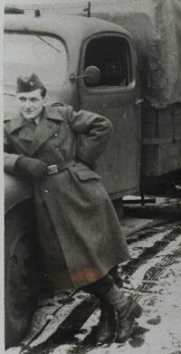Emil Doboš počas vojenskej služby