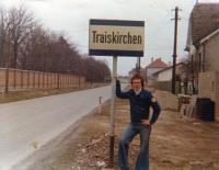 Jiří Barteček na fotografii z Traiskirchenu v Rakousku / podzim 1975