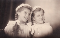 Heidrun with her cousin