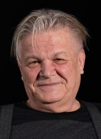 Miroslav Šik při natáčení rozhovoru v roce 2019