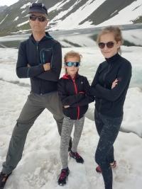 Pamětník s dcerami, Matrix, Švýcarsko, 2019