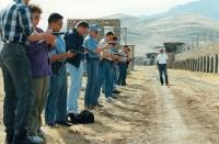 Cvičení střelby pro účastníky mise v Iráku, 1996