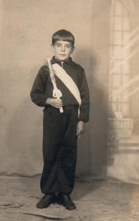 Jiřího fotografie u příležitosti prvního sv. přijímání, 1947