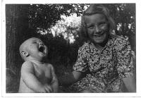 Sestry Jana a Anna (zleva)