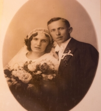 Wedding photo of the parents