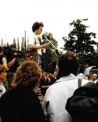 Martin na Albertově rok poté, 17. listopadu 1990