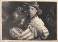 Anna a Karel Smržovi na plese Umělecké besedy, 30. léta